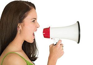 Ženski glas piskaviji u ovulaciji?