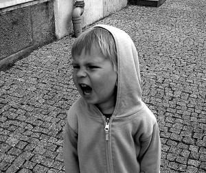 Dečak vrišti