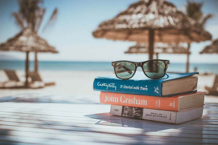 Citanje na plazi